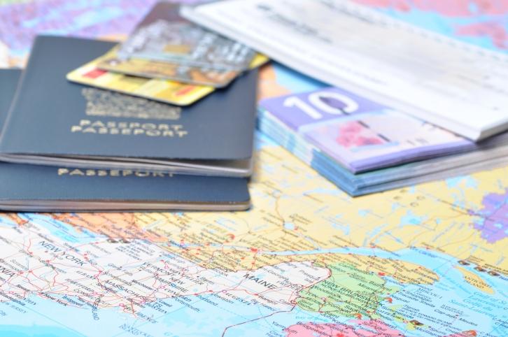 Een paspoort of ID-kaart voor je kind